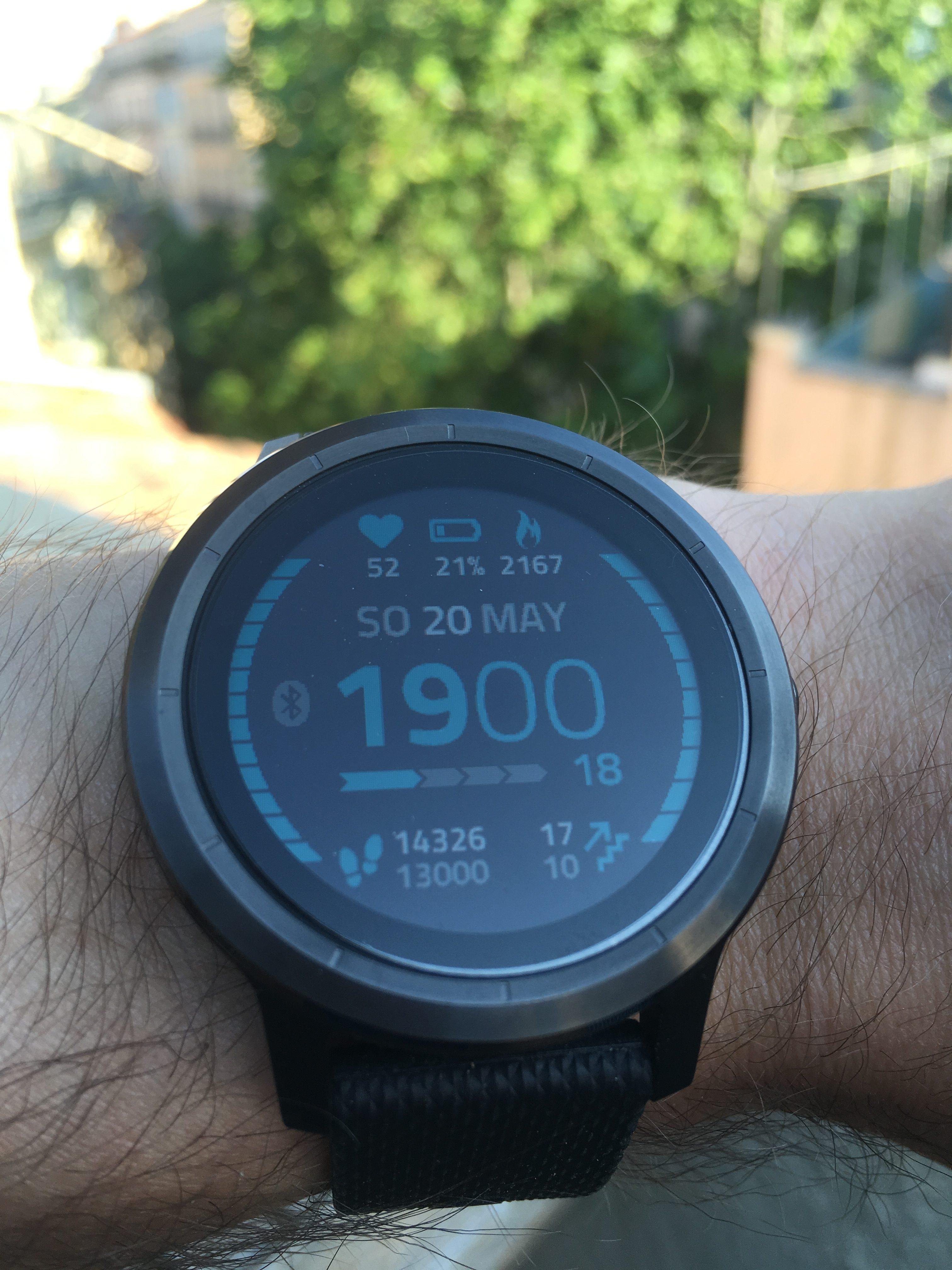 garmin-vivoactive-3-display-watchface-kratzfest