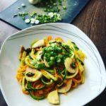 vegane-rezepte-gesunde-rezepte-zucchini-zoodles